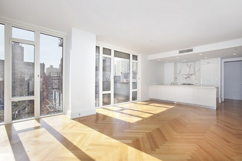 NEW TO MARKET! Beautiful Corner 2 Bedroom 2 Bathroom Residence at The Georgica, UES!