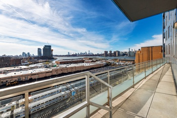 Gorgeous Skyline Views in This Rarely Available One-Bed in LIC! | For Rent