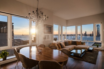 Corner 3 Bedroom At The Visionaire With Spectacular Views!